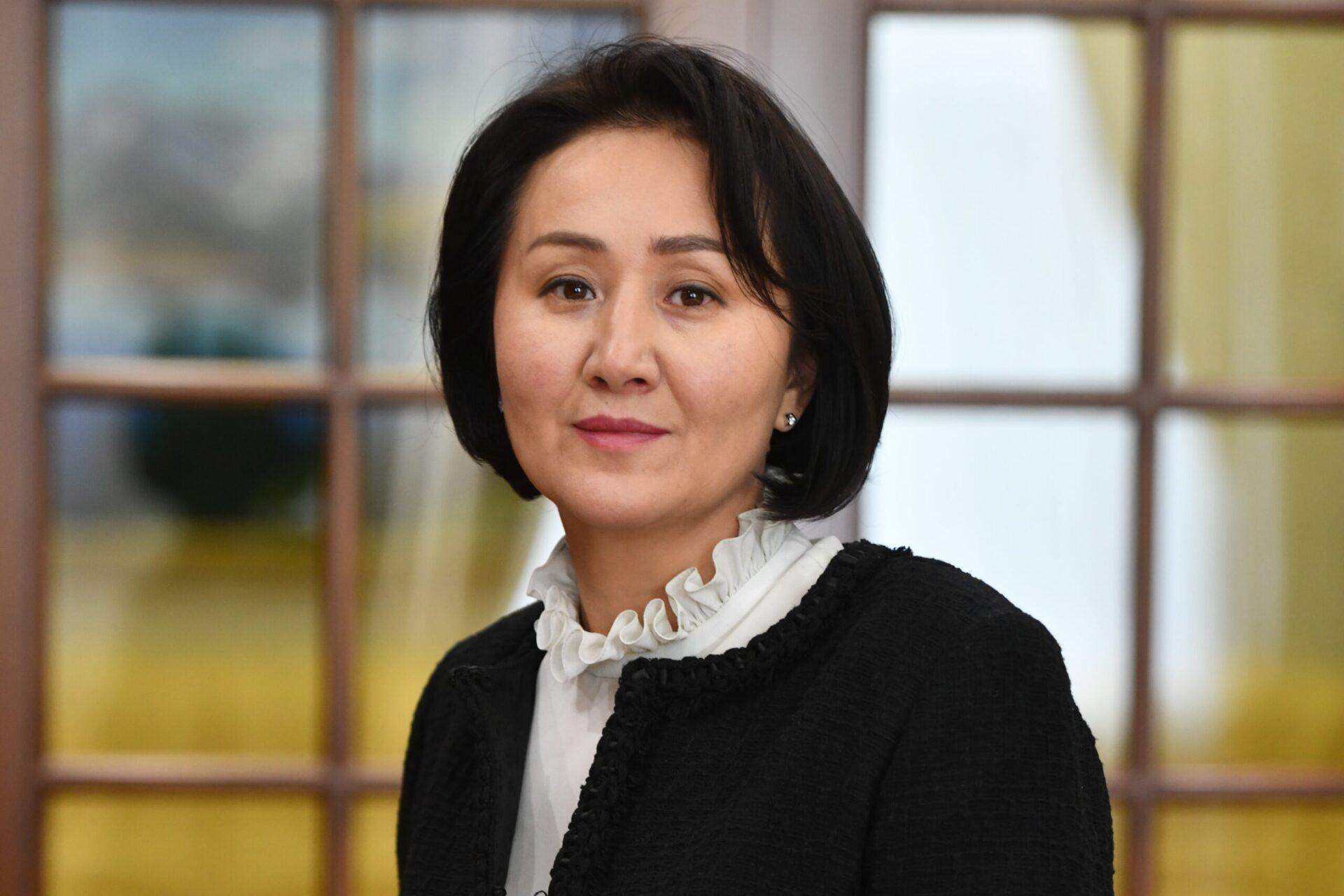 Айгуль Жапарова
