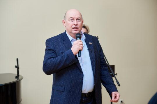 Алексей Кобилев