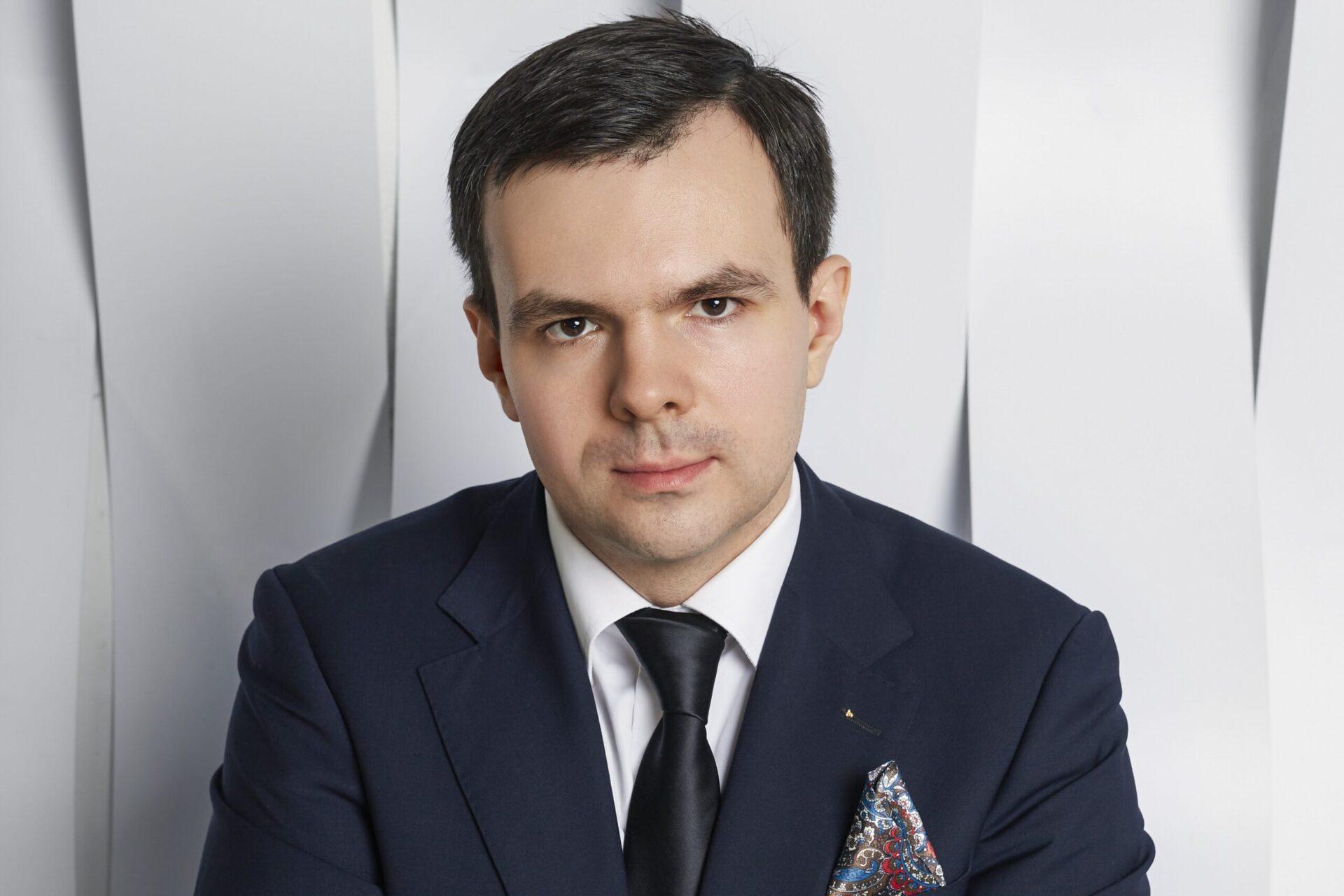 Антон Палюлин